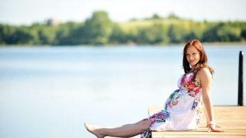 Jak zvládnout těhotenství v létě