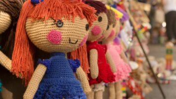 První panenka